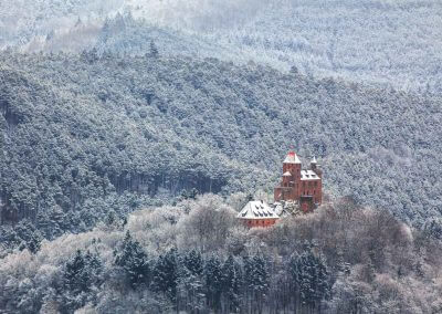 Die Burg Berwartstein im Schnee