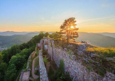 Wunderbarer Sonnneuntergang auf der Burg Neuscharfeneck